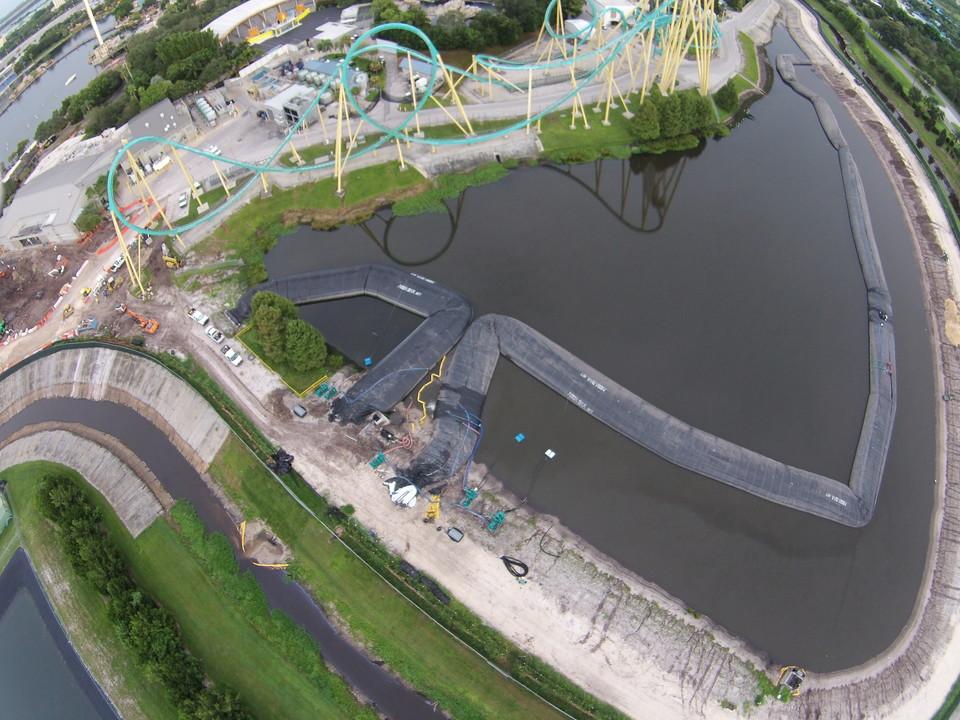 12ft AquaDams at Orlando SeaWorld, 2015